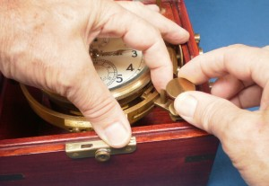 Figure 3 : Unlocking the gimbals.