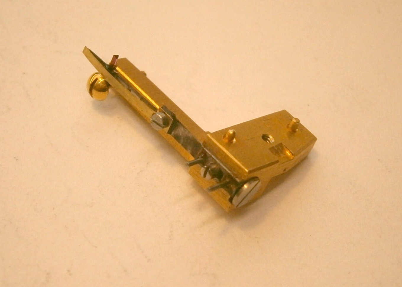 Figure 14 Finished detent in support block & 22. Making a detent | The Marineru0027s Chronometer